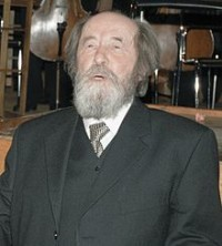 Solzhenitsyn_in_Moscow,_December_1998