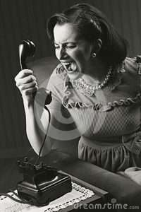 angry-woman-screaming-retro-phone-style-29870734