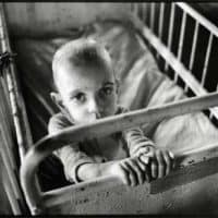 ROMANIA/  Transylvania  4/1990 Brincovenesti: orphanage with horrible conditions ©Josef Polleross
