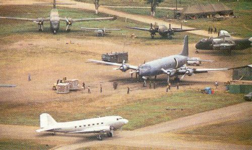 cia_aircraft_at_aguacate_in_hunduras_1983