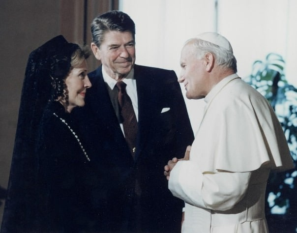 veil_nancy_reagan