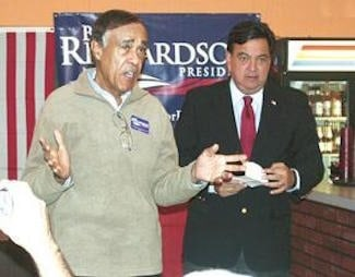 Leslie_Alexander_with_Presidential_Candidate_Bill_Richardson__2008