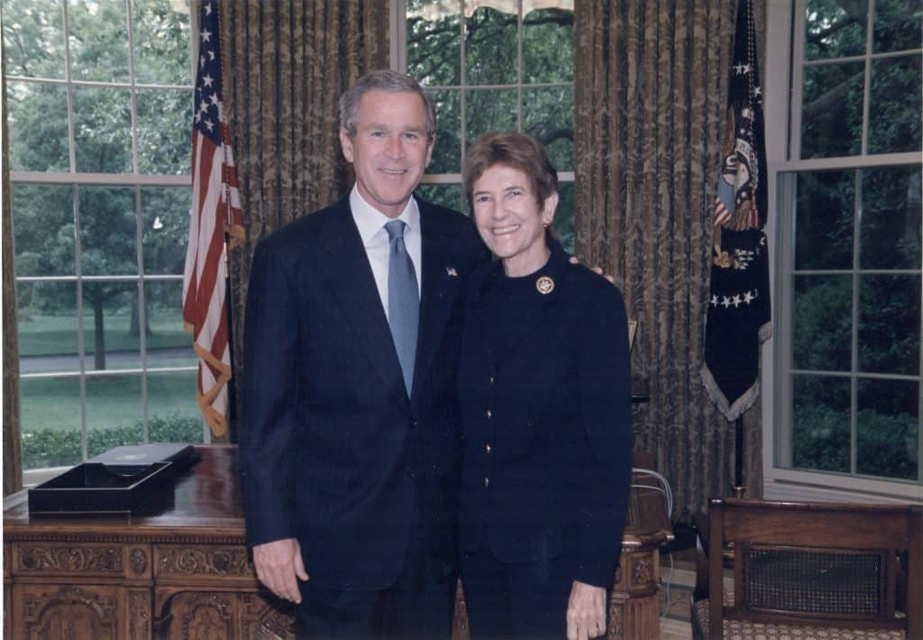 oval-office-1 Amb Cobb with Bush