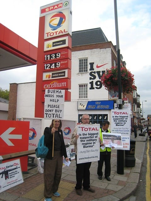 Southfields Total Protest (2008) totaloutnow   Flickr