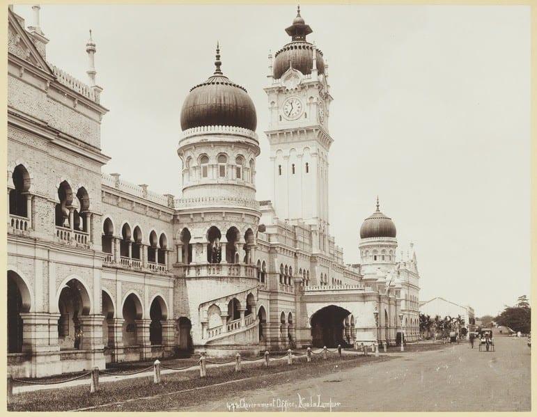 Governmental Office at Kuala Lumpur in Selangor (circa 1900) Lambert & Co., G. R. / Singapore | Wikimedia