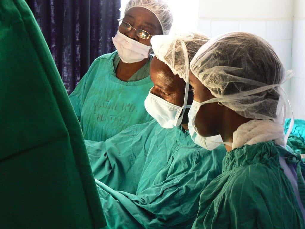 Dr. Mabeya in surgery, Eldoret, Kenya. 12 February, 2011