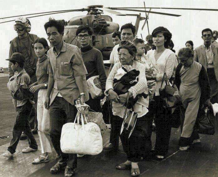 Vietnamese refugees on a U.S carrier ship |  Wikimedia Commons