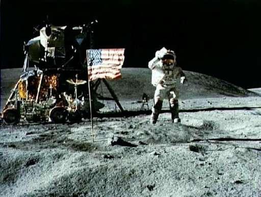 Neil Armstrong on the Moon (1969) Buzz Aldrin | Pixnio